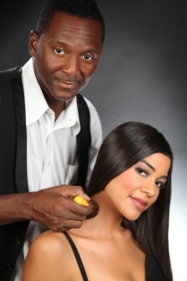 ANDRE MAURICE MAKE UP